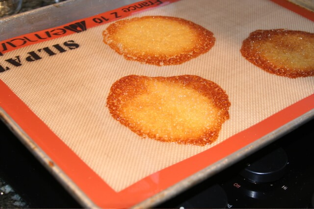 tuiles baking on a silpat
