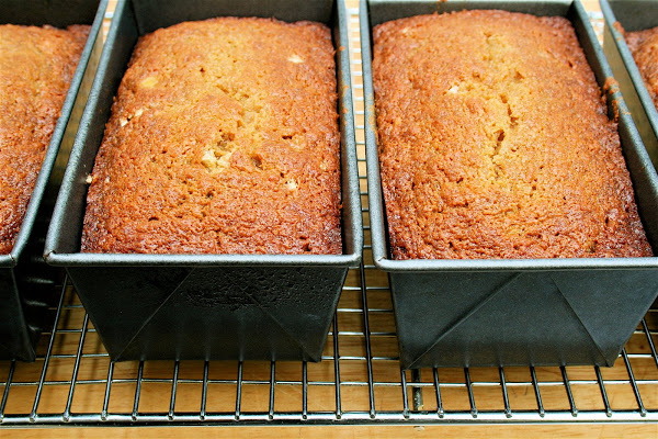 Freshly baked pawpaw quick bread.