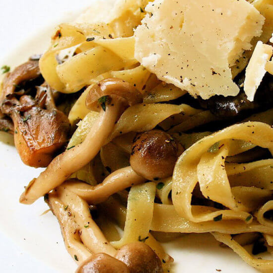 Farmers' Market Mushrooms & Melograno Nostalgia