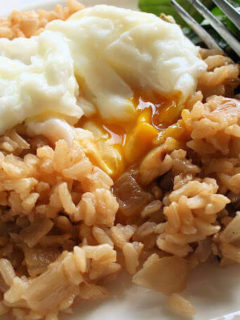 eggs over rice