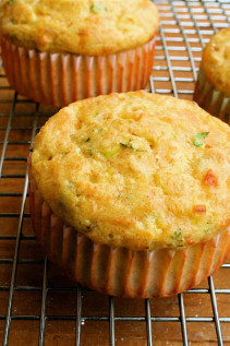 Round 2: Low-Carb Cottage Cheese Muffins with Cheddar & Scallions