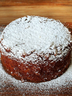 Made with fresh squeezed orange juice, orange zest, and olive oil, this orange and olive oil cake is moist and delicious, perfect with coffee or tea, and only needs a dusting of powdered sugar to make it fit for consumption.And it seems to taste better with each passing day — this is perfect for company. Don't be afraid to make it a day early. // alexandracooks.com