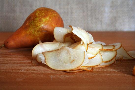 sliced-pears