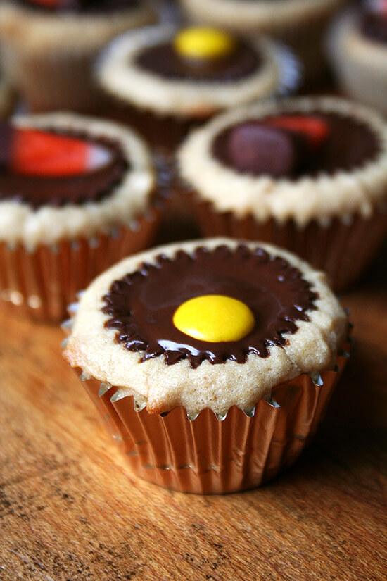 Reese's topped mini cupcakes
