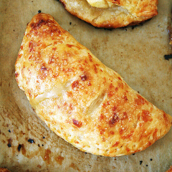 Apple Hand Pies with Cheddar Crust— So Delicious!