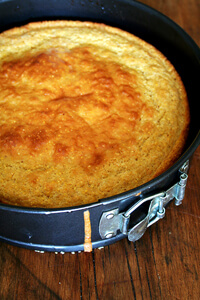 Super Moist Buttermilk Cornbread