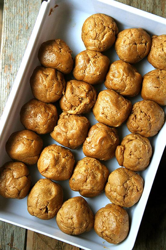 Molasses crinkle dough balls, unbaked.