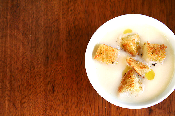 Cauliflower and Apple Soup with Olive Oil-Fried Bread
