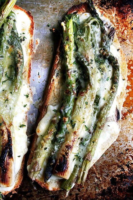 A bubbling, bechamel-and-roasted vegetable open-faced sandwich, this asparagus croque monsieur is daydream worthy. While you won't miss the meat on this spring vegetable tartine, one topped with smoked Niman Ranch ham would be heavenly. // alexandracooks.com