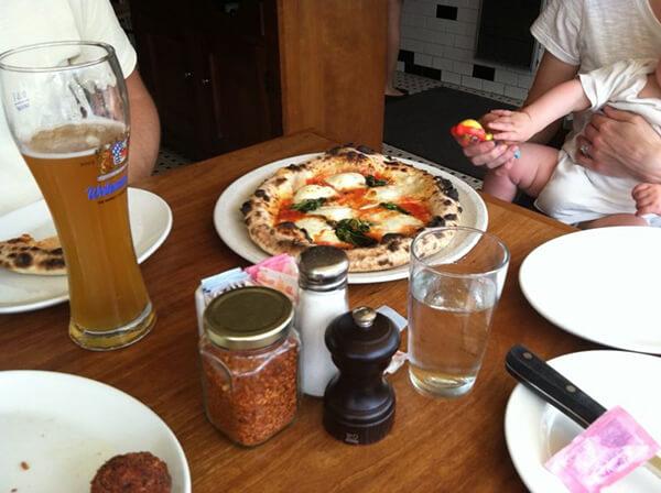margherita pizza at 2Amys