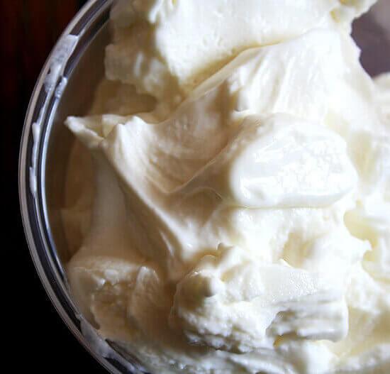 Homemade 3-Ingredient Real Frozen Yogurt