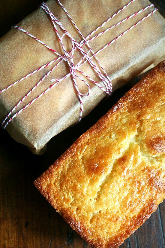 Flavored with orange zest and orange (or almond) liqueur, this incredibly tasty and moist — thanks to a generous amount of ricotta cheese — orange ricotta pound cake is the perfect treat, a particularly nice afternoon snack with a cup of tea, to have on hand this time of year. It would make a lovely gift as well. // alexandracooks.com