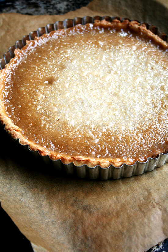 I am in awe of this maple cream tart's texture. The absence of eggs makes it exceptionally light yet somehow it tastes as smooth and creamy as an untorched crème brûlée. For maple syrup lovers, nothing could be more delicious, and best of all, it's a cinch to assemble. // alexandracooks.com