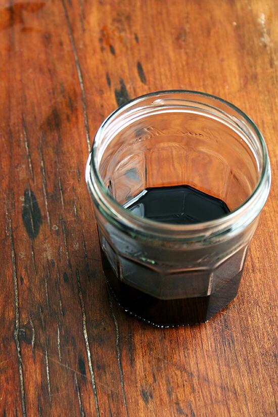balsamic caramel in jar