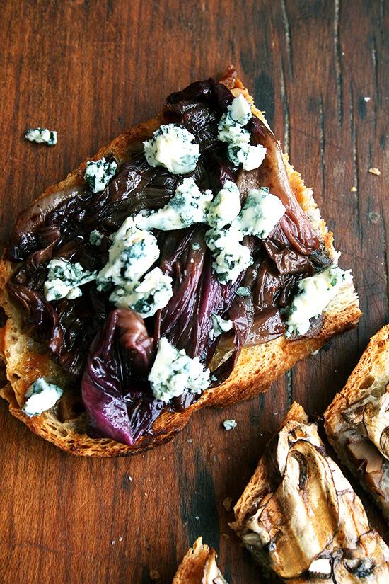 radicchio and gorgonzola tartine