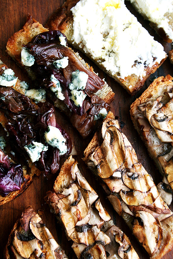 Seasoned with nothing more than a little olive oil and sea salt, these mushroom tartines make the most satisfying lunch, and when sliced into strips, a simple and light hors d'ouevre. A little truffle oil, if you have it, really heightens the deliciousness. // alexandracooks.com