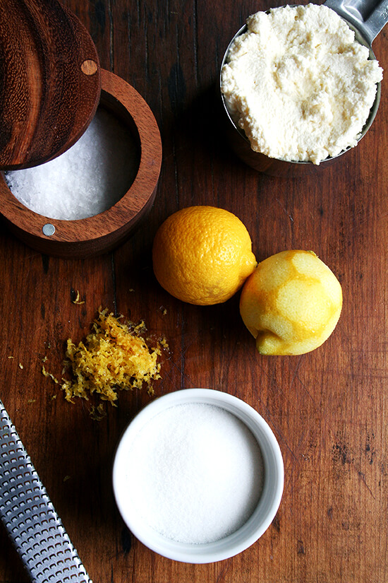 The lemon-ricotta filling ingredients on a board.