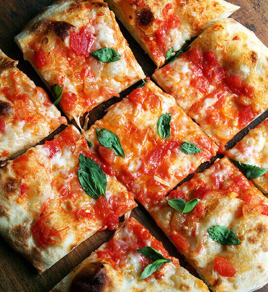 A freshly baked Margherita pizza.