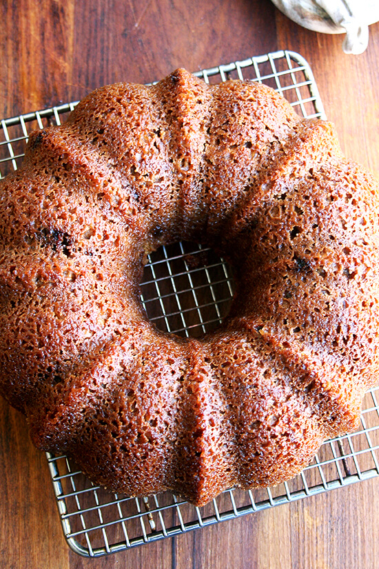 This applesauce yogurt cake is a good little thing to have on hand. It takes no time to throw together and it's the kind of thing that can be enjoyed at any point in the day, early in the morning with coffee, later in the afternoon with tea. // alexandracooks.com