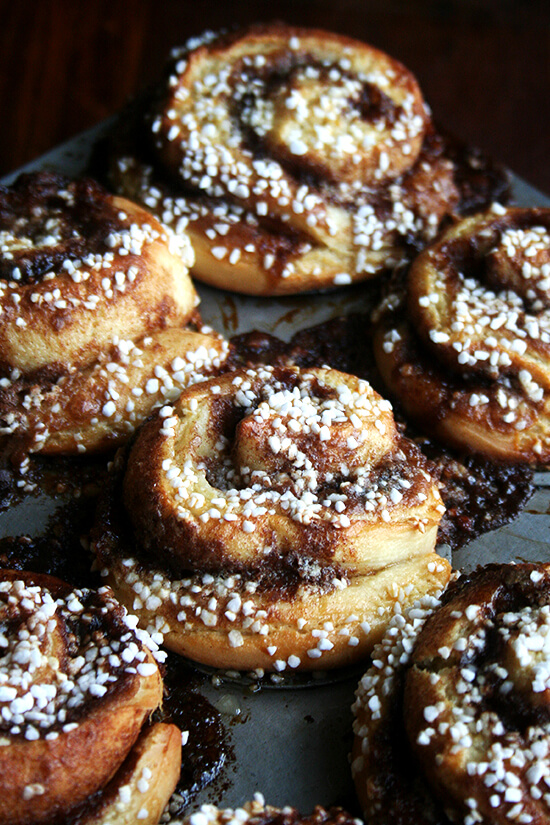 pearl-sugar topped cinnamon buns, just baked