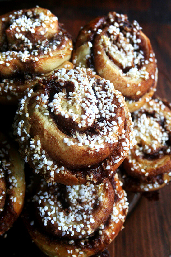 plate of cinnamon buns