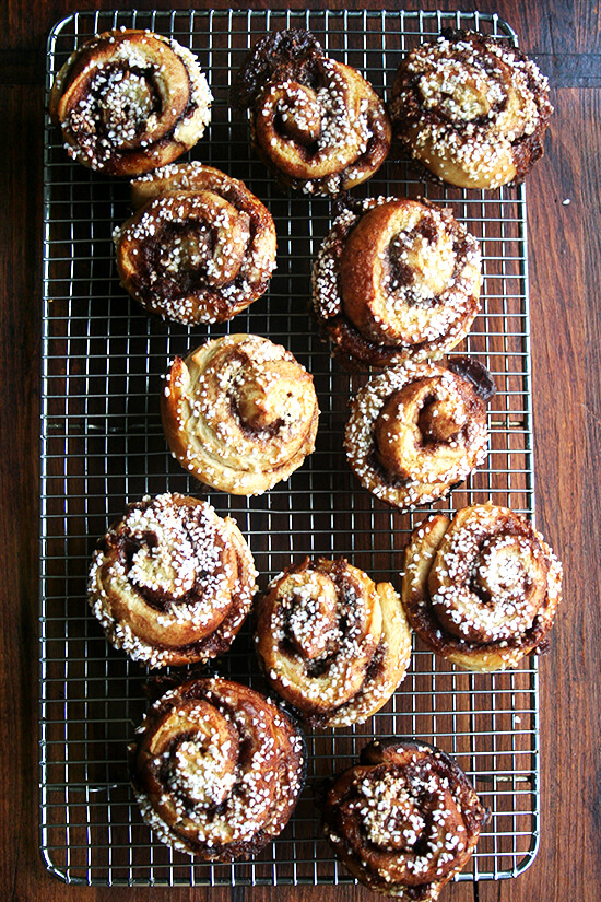 pearl-sugar topped cinnamon buns, cooling