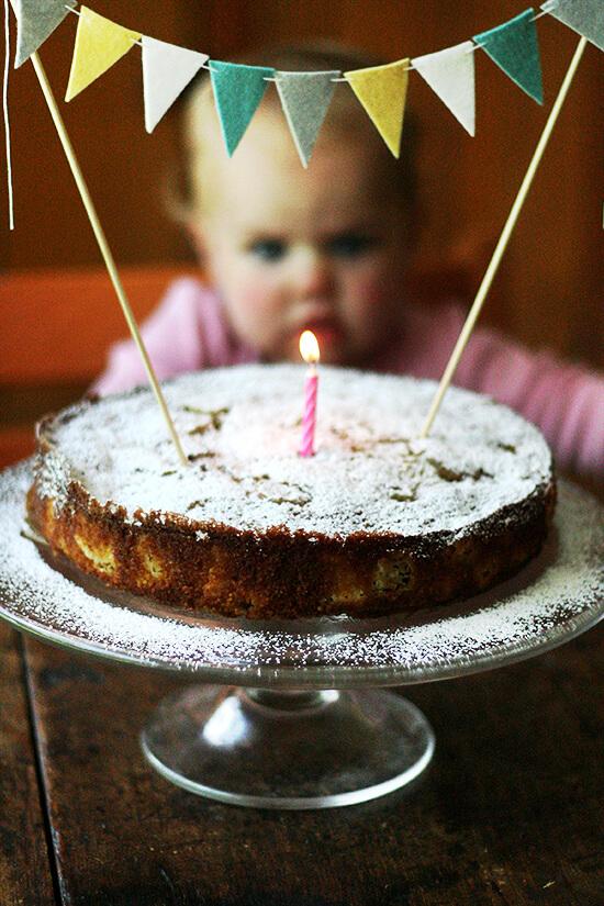 rhubarb-cornmeal cake