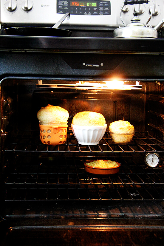 bread bowls baking