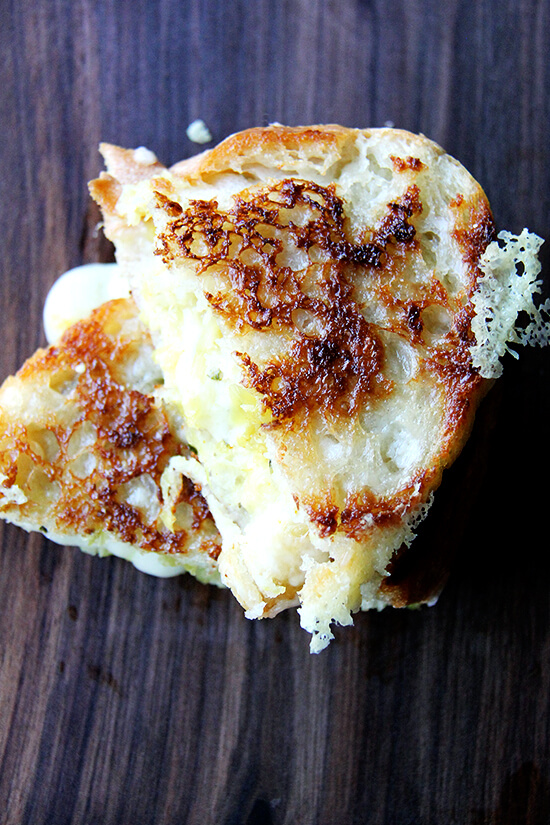 Wisconsin smoked gouda, with its nutty, buttery intensity, is one that can hold its own against this flavorful chutney, and the two make a great match in this smoked gouda grilled cheese sandwich. Here I've used one of my favorite techniques for making grilled cheese sandwiches. The technique calls for browning one surface of each slice of bread on the stovetop, tops each untoasted half with cheese, then finishes the melting process in the oven. // alexandracooks.com