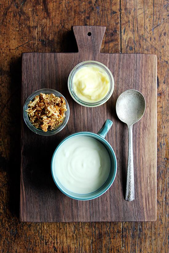 breakfast: yogurt, lemon curd, granola