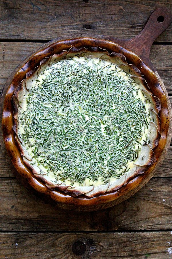 just-baked potato-crusted quiche