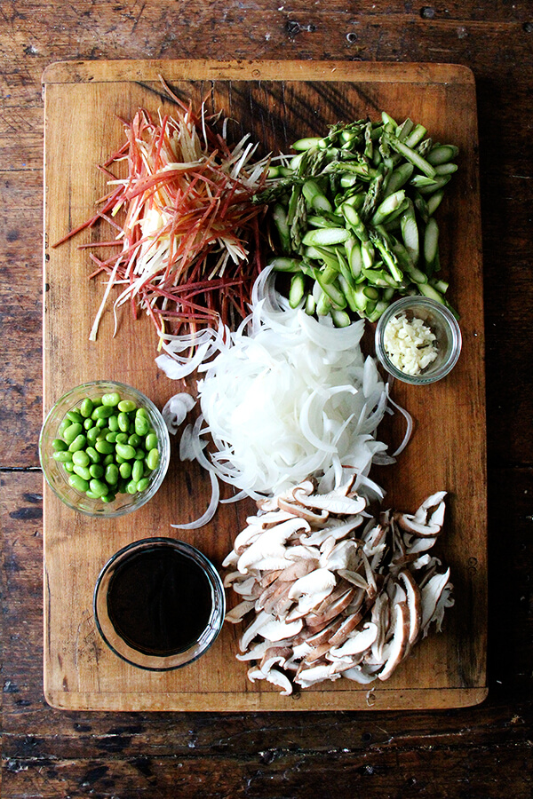vegetable chow mein-ish veg, prepped