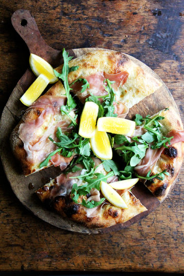 Arugula & Prosciutto Pizza {Video}