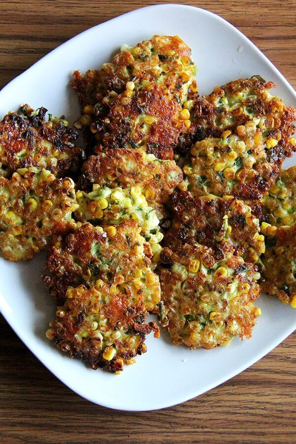 A plate of corn fritters.