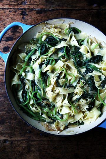 Favorite Weeknight Meal: No-Bacon Pasta Carbonara Loaded with Greens