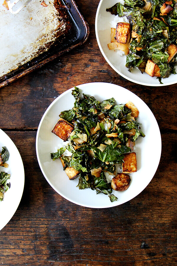 Bowls of crispy tofu and kale with coconut