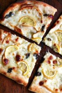 kestes pizza with lemon and smoked mozzarella