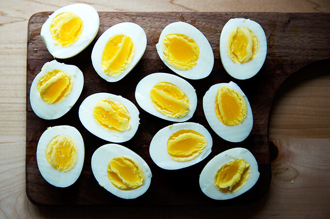 Six halved perfect hard-boiled eggs, made in the Instant Pot.