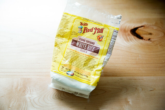 A bag of Bob's Red Milll White Rice Flour.
