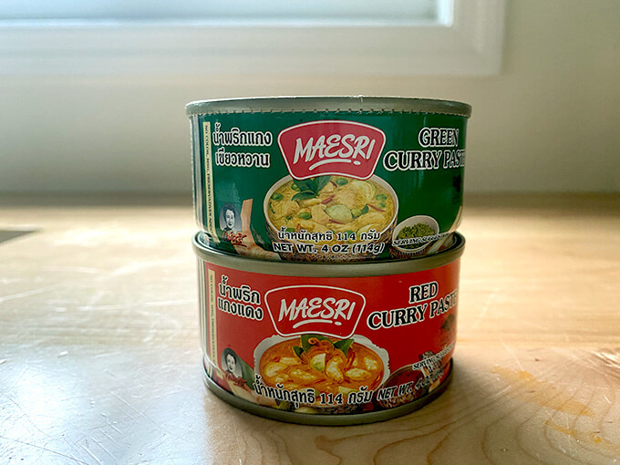 Maesri red and green curry pastes.