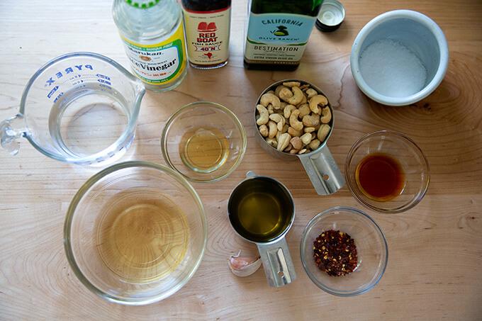 Cashew dressing ingredients.