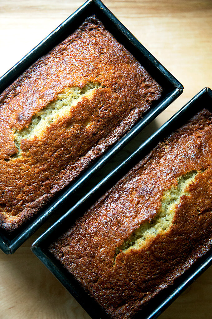 Just baked banana bread still in loaf pans.