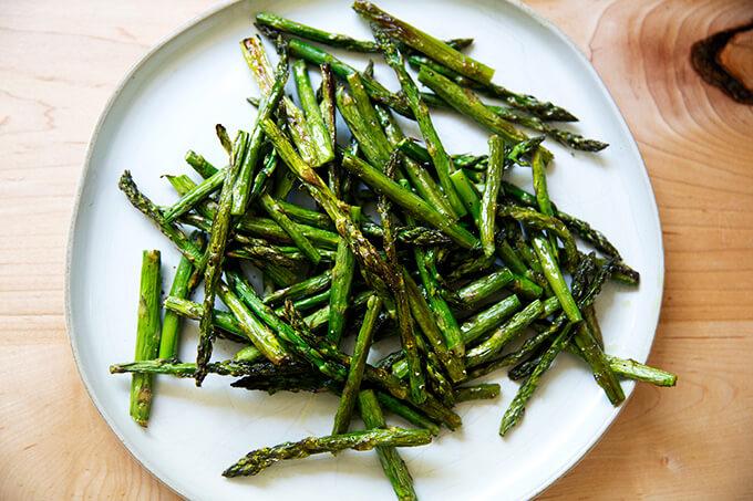 Roasted asparagus on a platter.