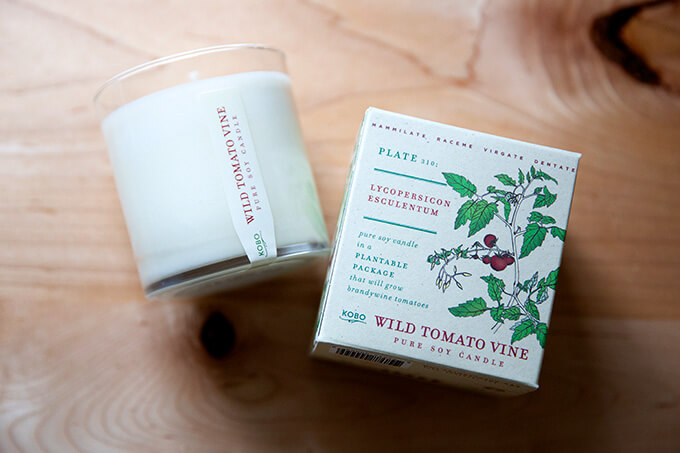 A tomato-scented candle.
