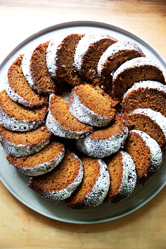 A platter of applesauce bundt cake.